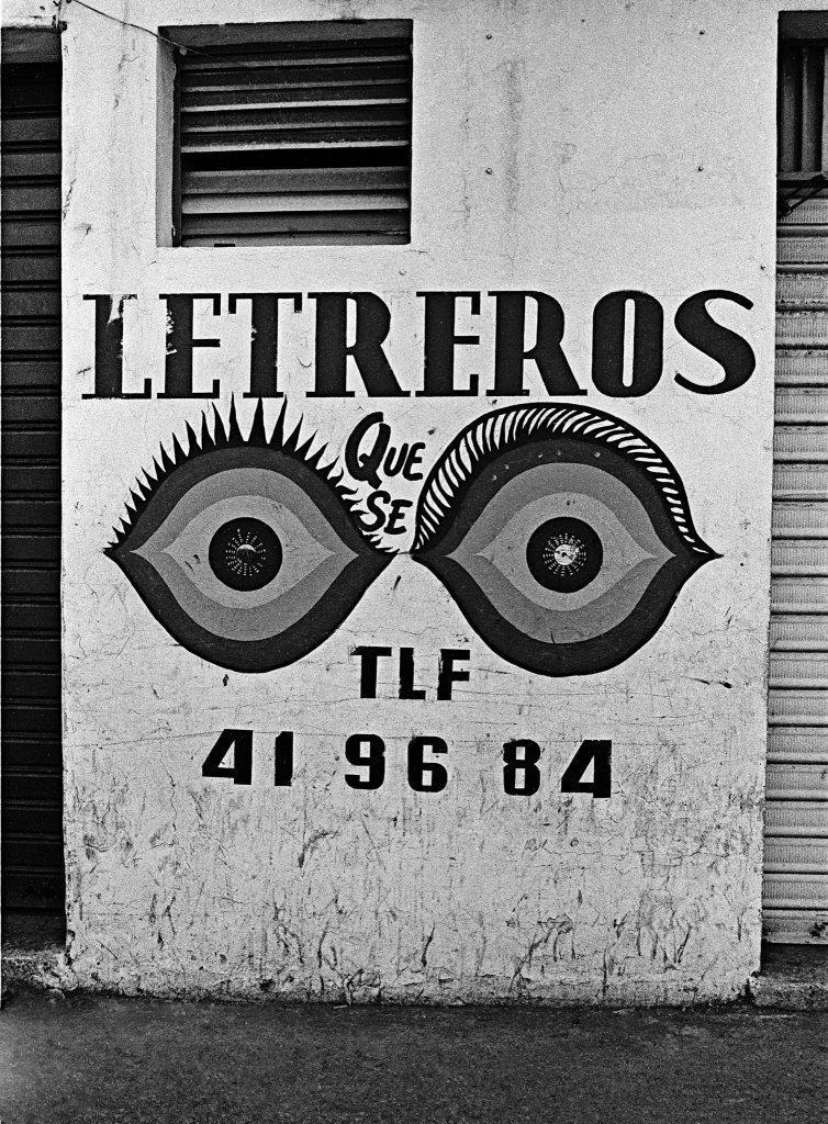Alexis Pérez-Luna, El Grupo. Letreros que se ven. 1970 © Alexis Pérez-Luna