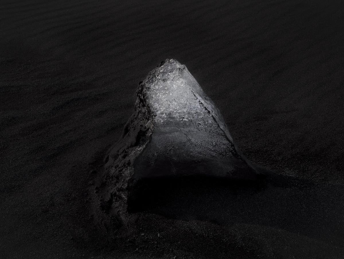 Fernando Moleres. Iceberg, Costa Sur de Islandia. 2017 © Fernando Moleres
