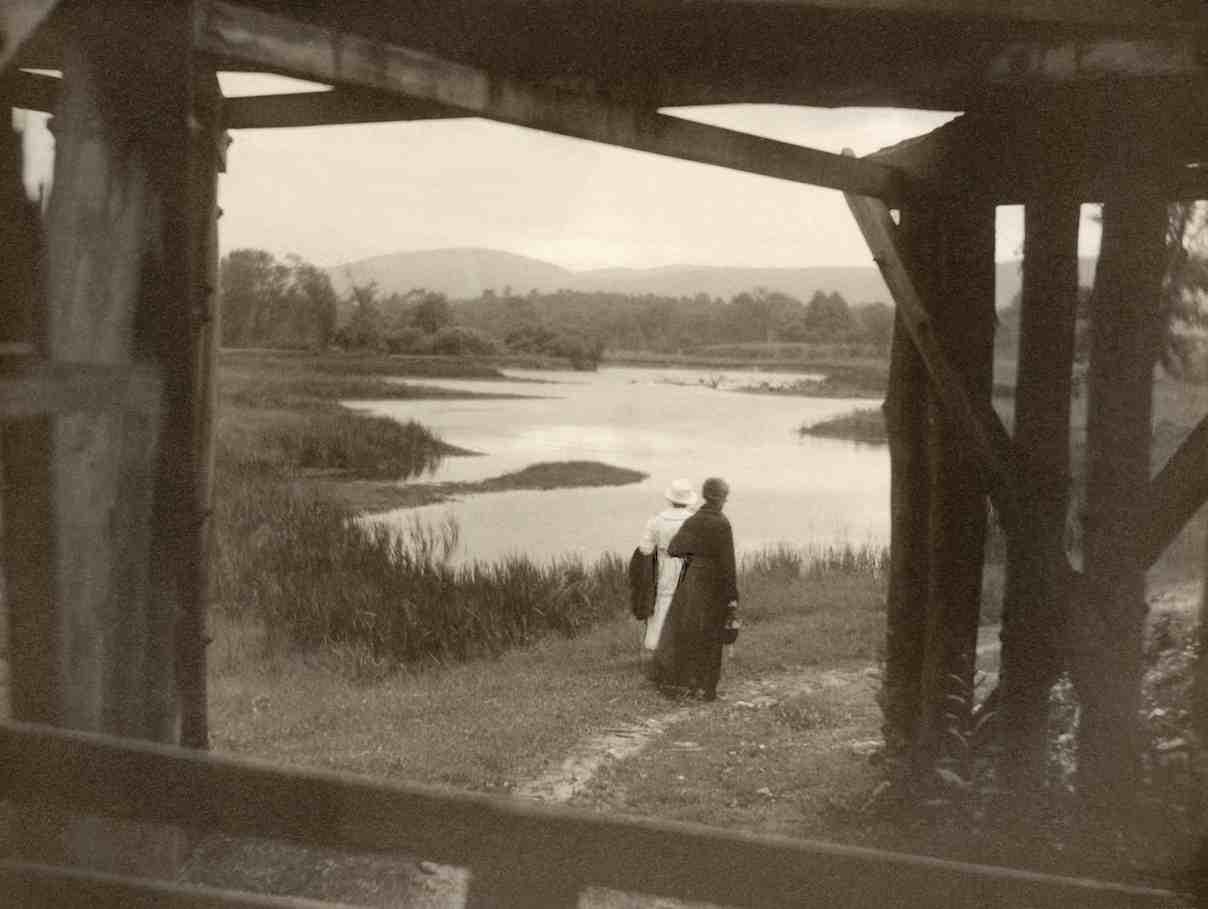 Margaret Watkins. Bridge, Canaan, Connecticut, 1919 © Margaret Watkins. Joseph Mulholland Collection, Glasgow