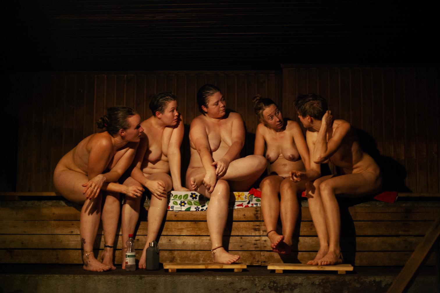 Heli Blåfield - Sauna People, a documentary look at Finnish modern-day sauna culture.