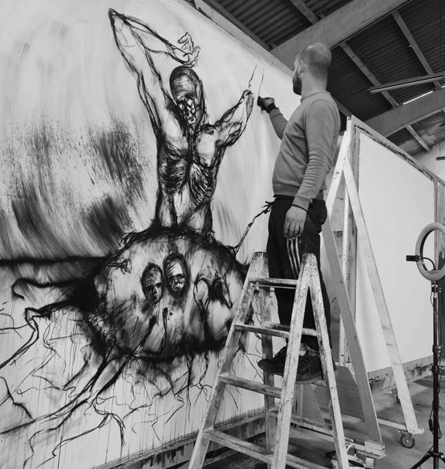 Yuniel Delgado Castillo. Artista en el estudio © Fotografías de Alina Abreu