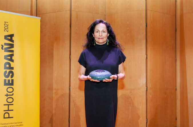 Isabel Muñoz PHotoESPAÑA 2021 award for her career and her outlook committed to the human being and the planet